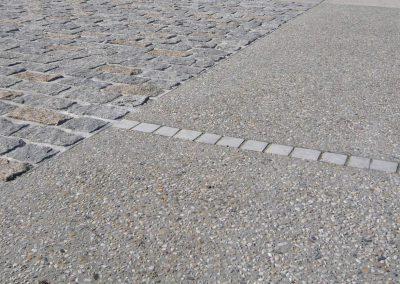 Béton désactivé et pavés granit - Centre bourg d'Eysines (33)